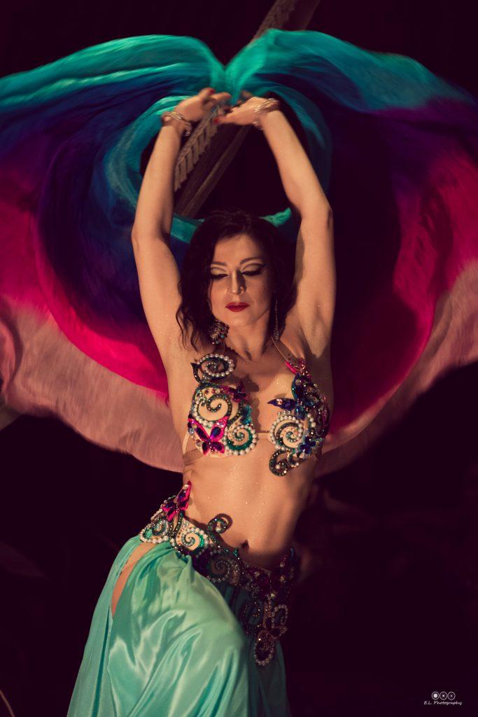 ориенталски танци, ориенталски танци софия, арабски танци, бели денс, белиденс, белиденс софия, египетски танци, уроци по белиденс, уроци по ориенталски танци софия, школа по ориенталски танци, ориенталски танци напреднали, ориенталски танци за начинаещи, уроци за начинаещи, виолета вълчева, belidens uroci, bellydance, belidens uroci, belly dance sofia, belly dance uroci, orientalski tanci, uroci po orientalski tanci, arabski tanci